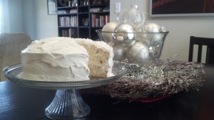 white winter cake b